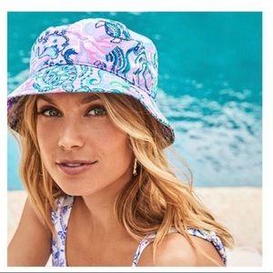 NWT Lilly Pulitzer Mermaid For You Bucket Hat